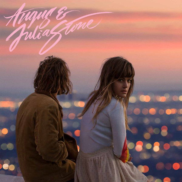 "Angus & Julia Stone - Angus & Julia Stone: rima bastante com  ""Little Broken Hearts"" de Norah Jones e o ""Invisible Empire..."" da KT Tunstall."